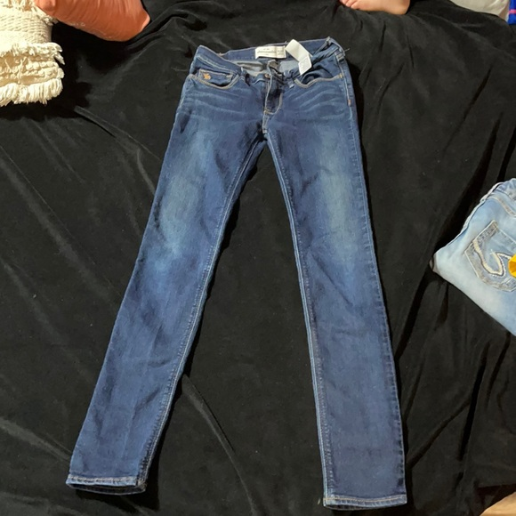 Girls Abercrombie jeans
